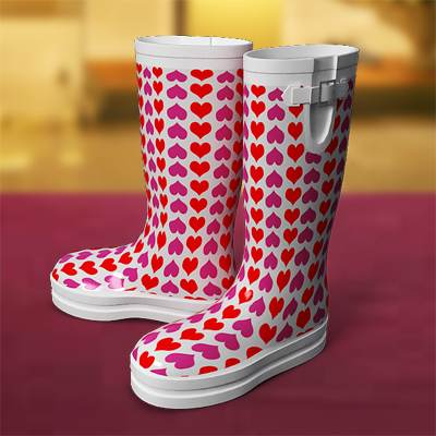 3D model: High collar rubber Wellington boots in pink and red hearts